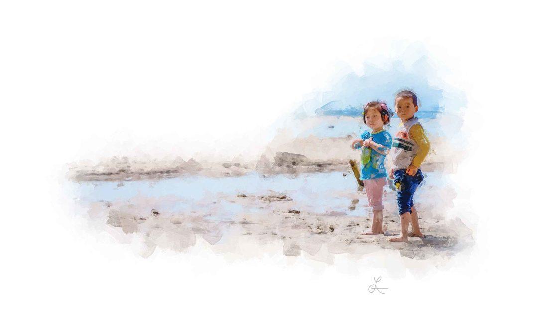 Cho Kids at the Beach